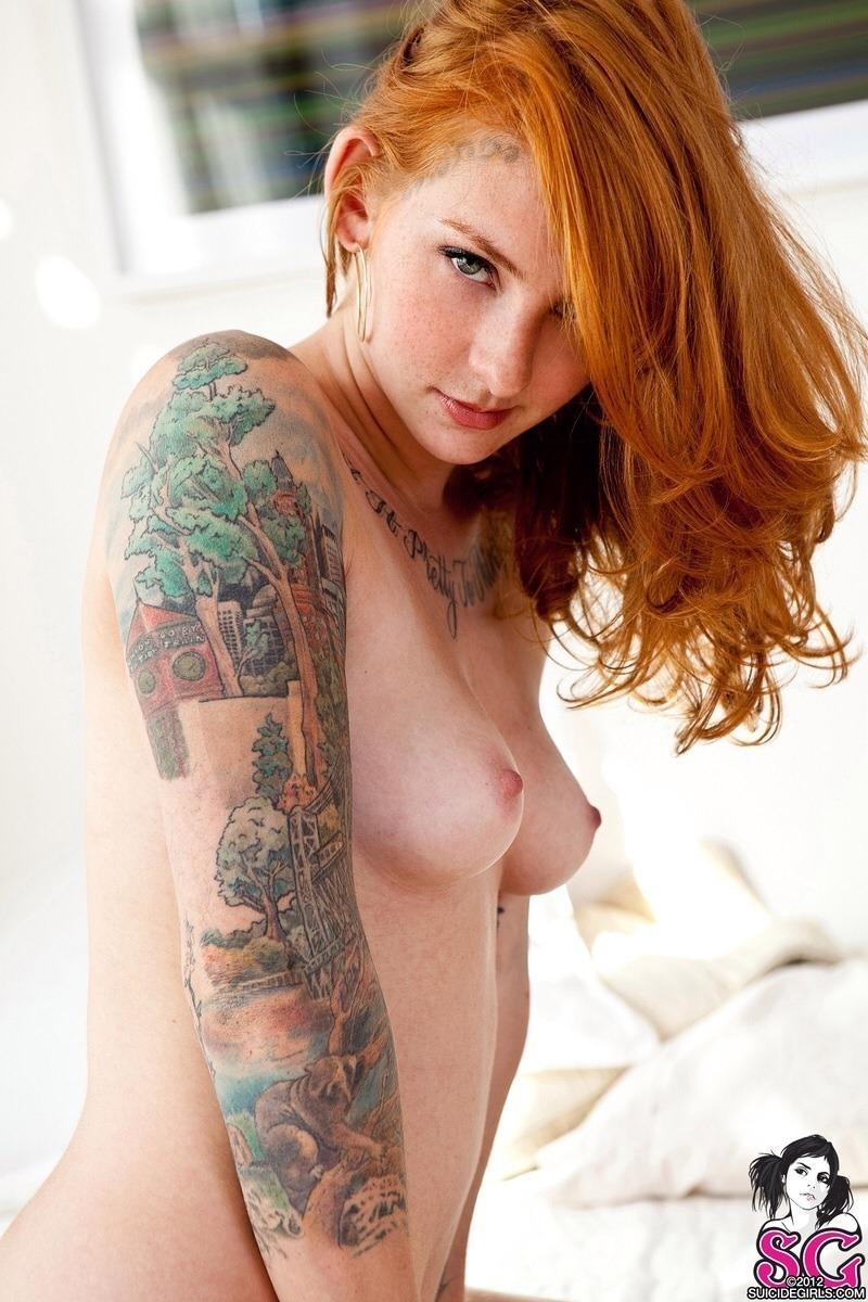 women-web-suicidegirls-freckles-lick-like-mature