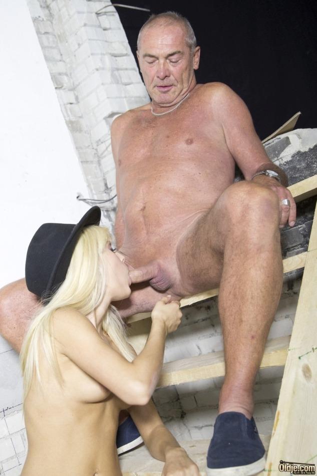 Teen suck old dick