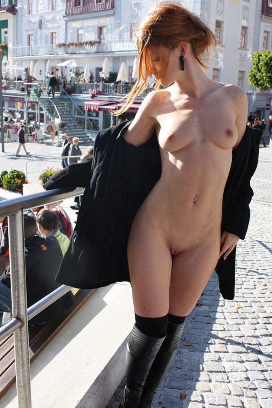 French Amateur Public Nudity