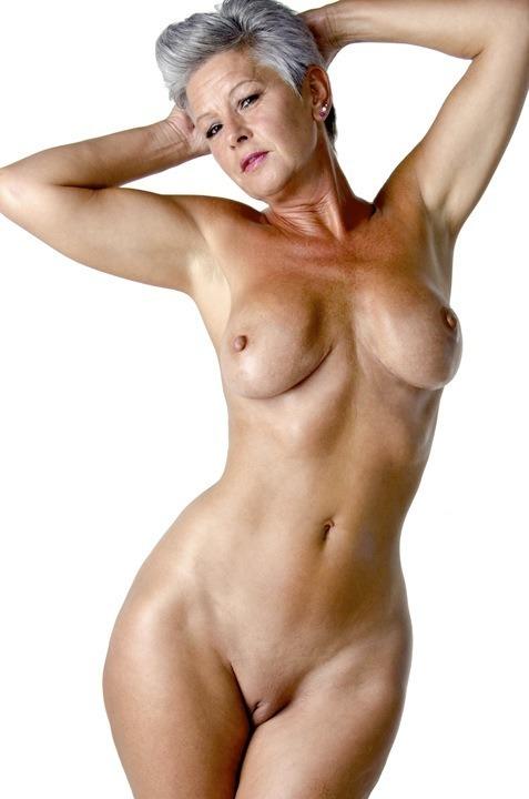 По старше женщины голые #2